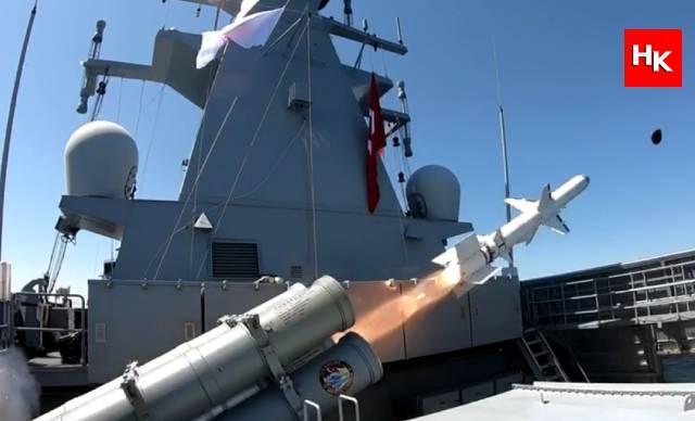 Atmaca, ilk kez gemi hedefi vurdu