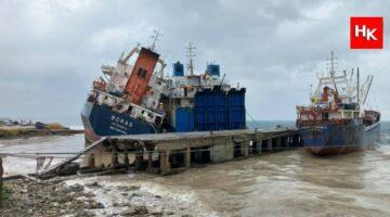 İstanbul 'da korkutan anlar! Gemi gemiye çarptı