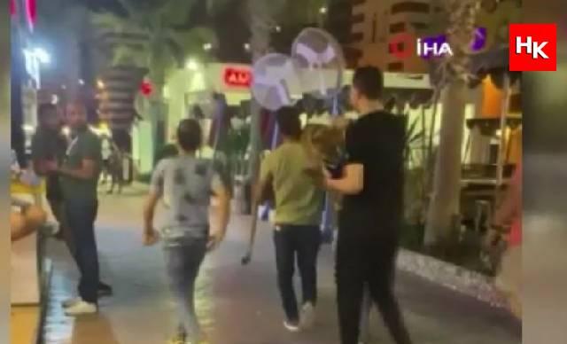 Sokakta aslanla gezen 3 kişi tutuklandı